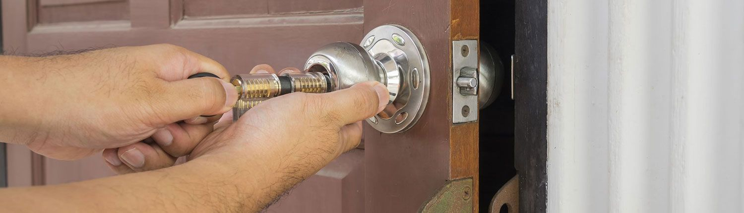 locksmith falls church va